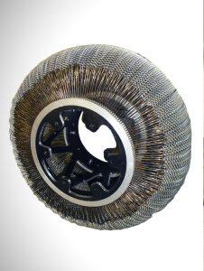 Foto do protótipo da Superelastic Tire, criado nos Labotatórios de Pesquisa da NASA